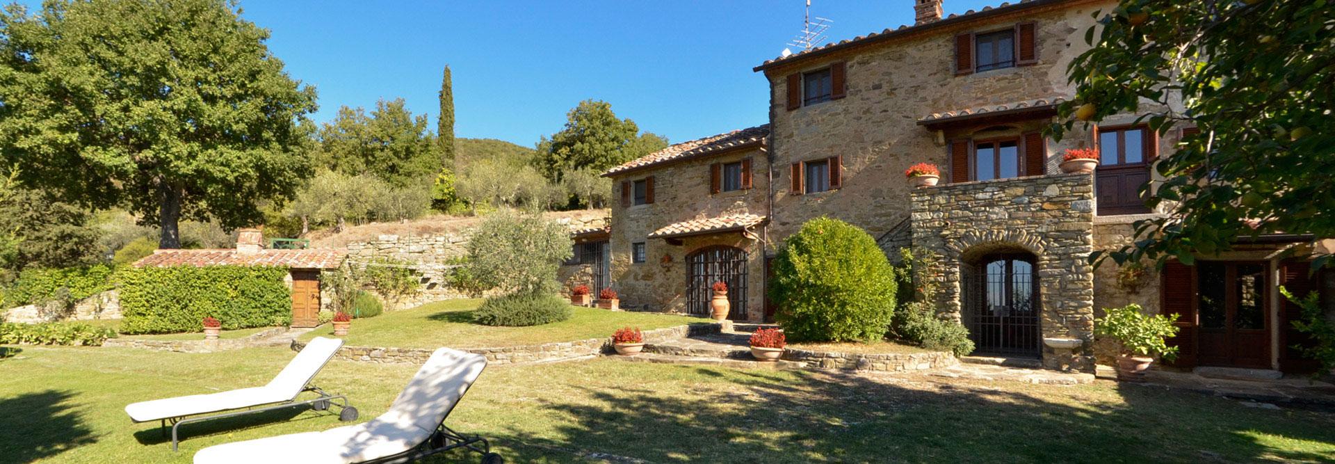 Casa monaldi villa in cortona toscana con piscina nelle for Piani di casa con guest house annessa